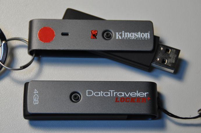 101226 Data_Traveler_Locker