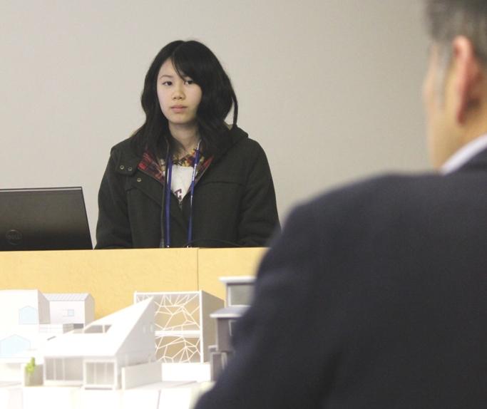 発表後は審査員からの講評を聴きます。古谷 春希さん(1年) 高知県 須崎高等学校出身
