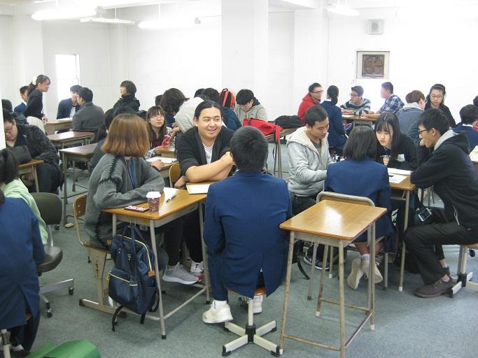 日本語を学ぶ留学生との交流